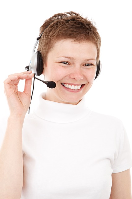 Customers and Live Chat : Tending to Emotions